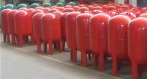 Những thông tin cơ bản cần biết về bình tích áp thủy lực